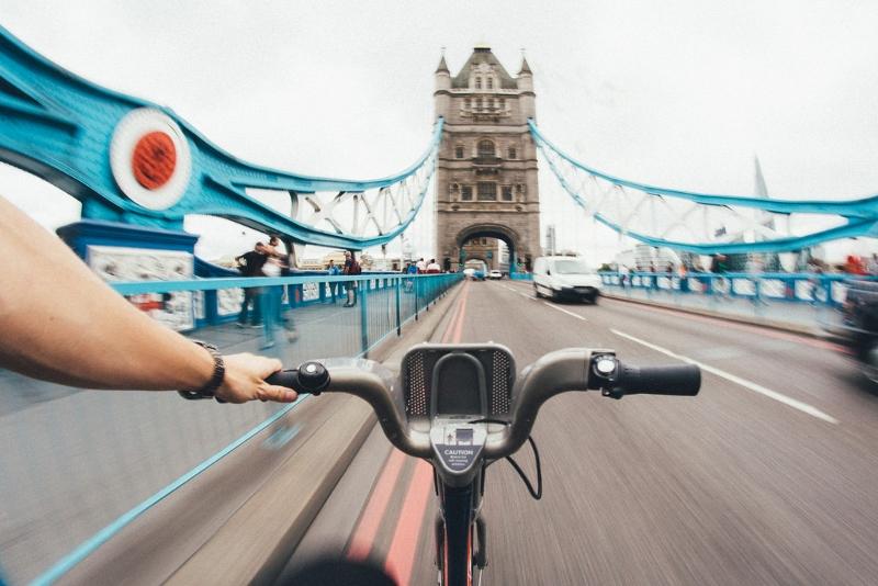 Em Londres, quantidade de ciclistas triplica enquanto a de motoristas cai pela metade