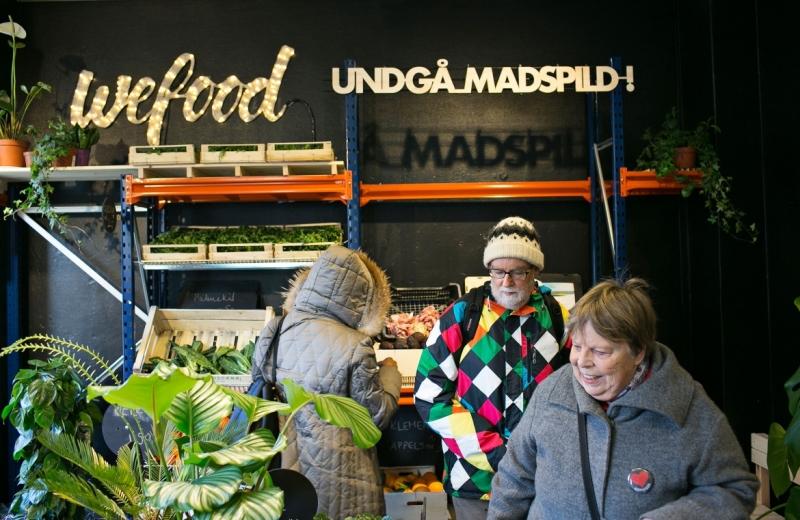 Dinamarca inaugura 1º supermercado do mundo que só vende comida vencida (com desconto)